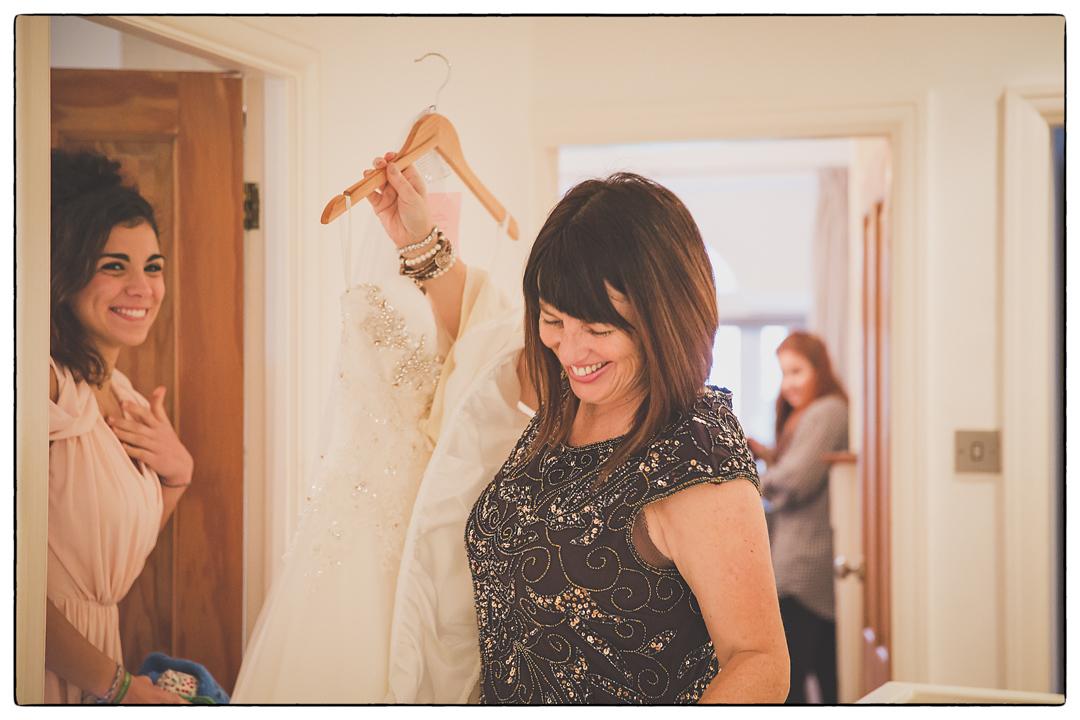 Yorkshire wedding photographer-003