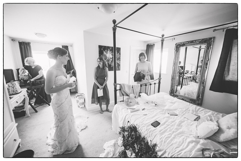 Documentary Wedding Photographer-006