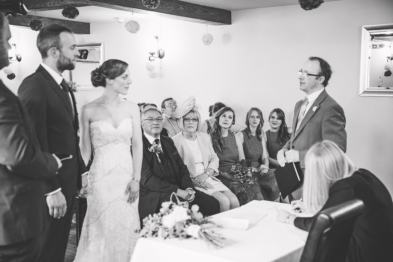 Documentary Wedding Photographer-017