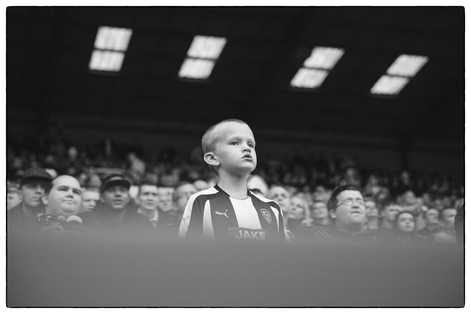 Meadow Lane Black & White